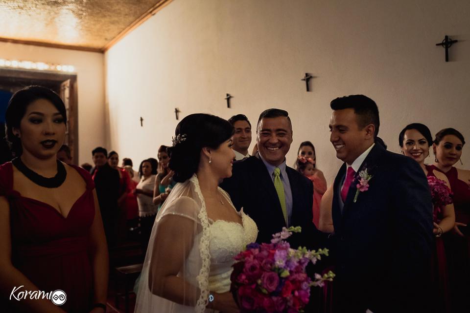 casate_conmigo-korami_colima-hacienda_pastores-fotografos_de_boda-fotografos_colima-lupita_gutierrez-nogueras_comala-fotografo_mexico-fotografo_nacional-vestidos_de_novia-tips_de_boda-novia-041
