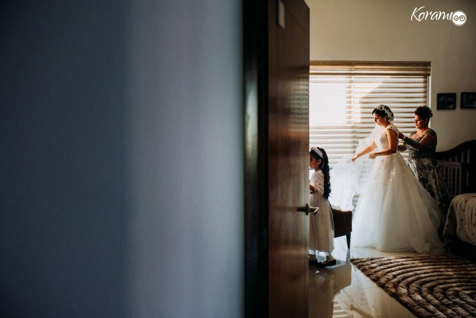 Korami_fotografia_Boda-Catedral_Colima_Wedding_Planner_Colima_fotografo_Porton_Del_Arriero_Eventos-Rosete-013