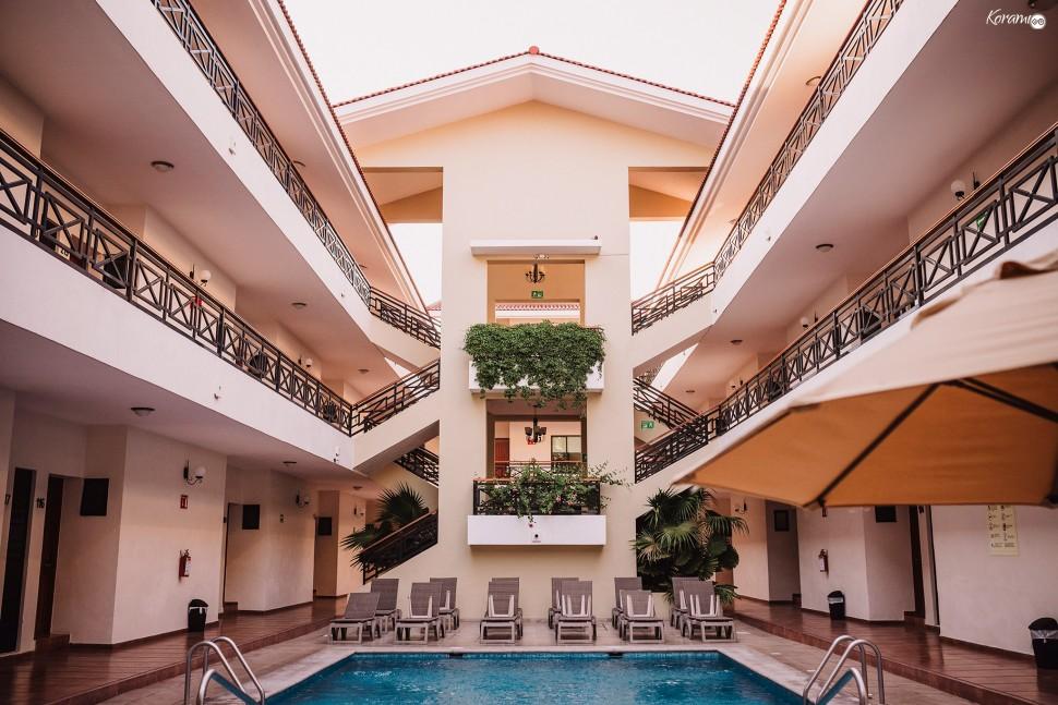 Jardín de eventos XANAH-Salon_para_Bodas_Colima_Fotografo_Bodas_Organizacion_Banquete-Flores--009