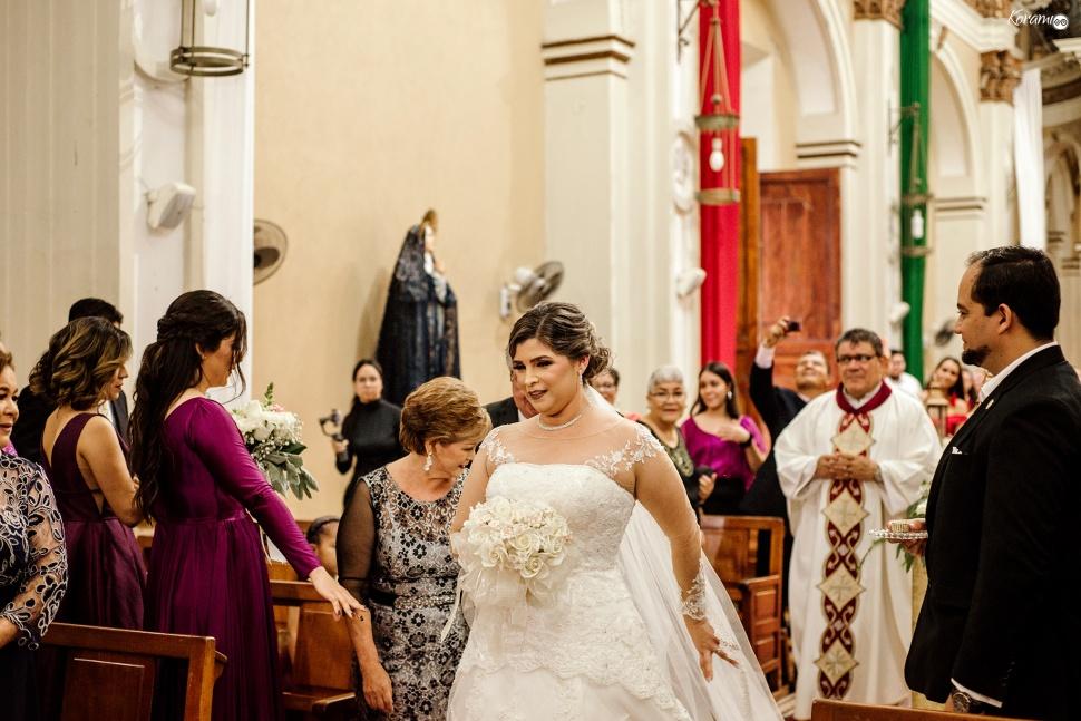 Jardín de eventos XANAH-Salon_para_Bodas_Colima_Fotografo_Bodas_Organizacion_Banquete-Flores--019-1