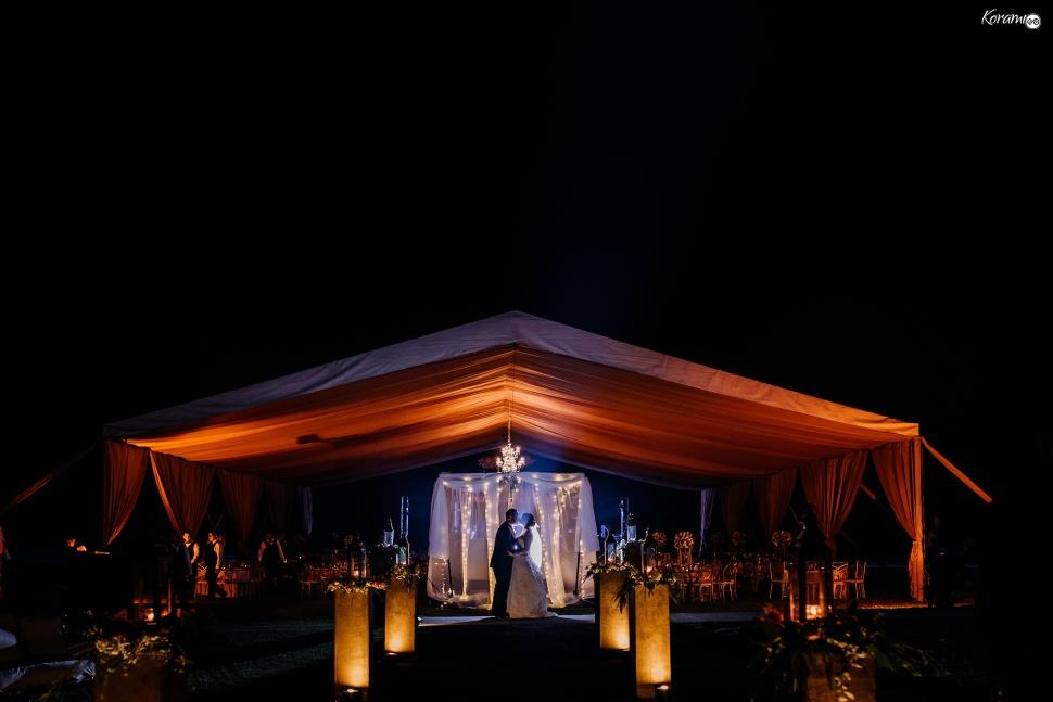 Jardín de eventos XANAH-Salon_para_Bodas_Colima_Fotografo_Bodas_Organizacion_Banquete-Flores--031