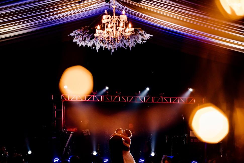 Jardín de eventos XANAH-Salon_para_Bodas_Colima_Fotografo_Bodas_Organizacion_Banquete-Flores--042