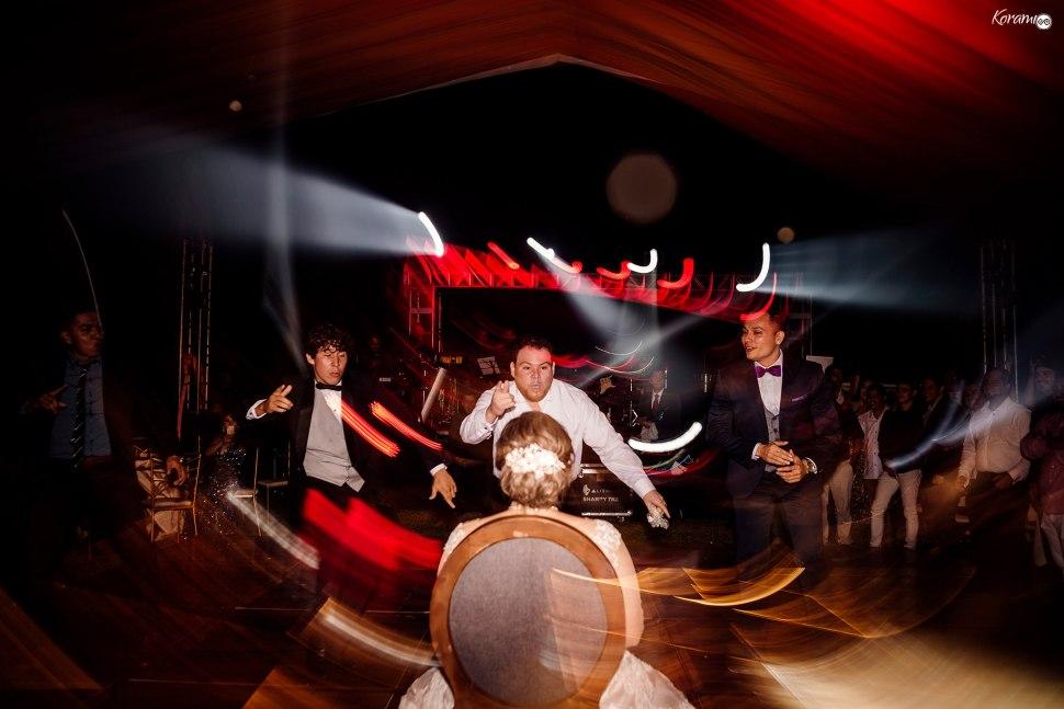 Jardín de eventos XANAH-Salon_para_Bodas_Colima_Fotografo_Bodas_Organizacion_Banquete-Flores--049